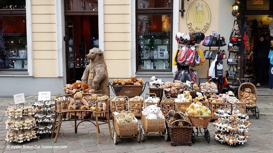 בובות דובים ברובע ניקולאי
