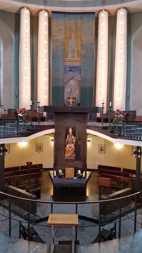 קתדרלת הדוויג הקדושה האב ברנרד ליכטנברג